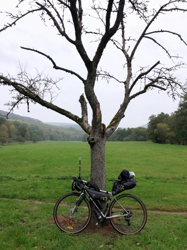 Gravel Bike mit Bikepacking Setup
