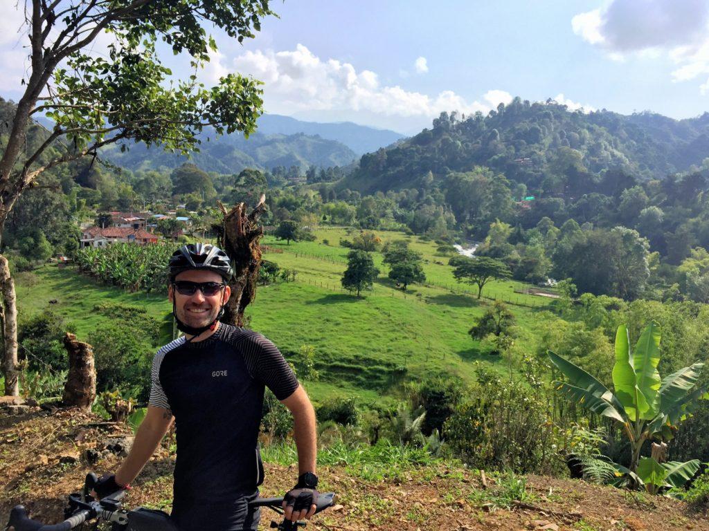 Radfahrer in Kolumbien vor Salento