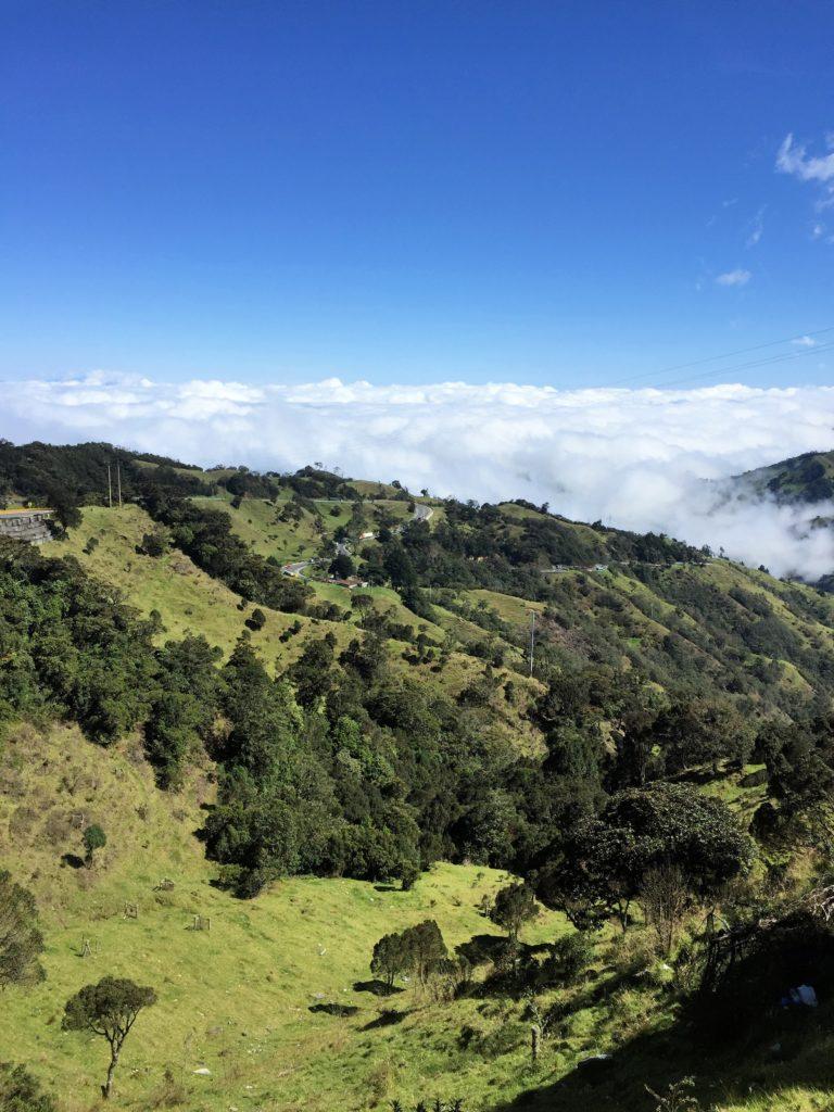 Ausblick von La Linea auf bewölkte Zona Cafetera